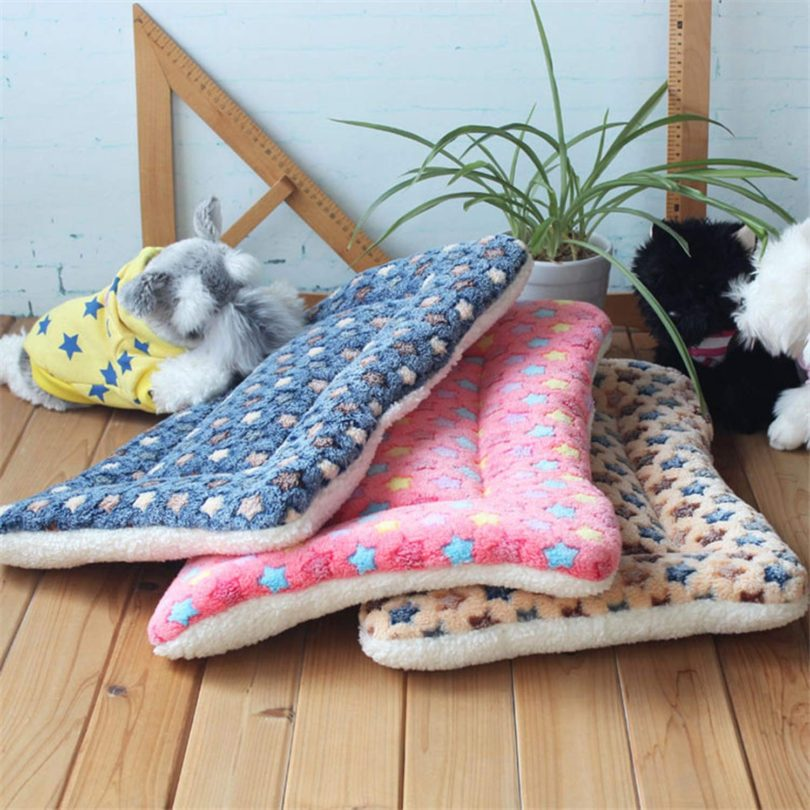 cola-site Winter Warm Dog Bed Soft Fleece Pet Blanket Cat