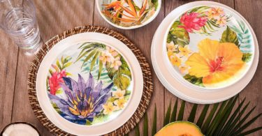 Melamine Dinnerware Tropical Design Set of 18 Pieces