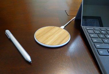 SurgeDisk Wireless Charger Qi Charging Pad Ultra Slim Sleep-Friendly Universal