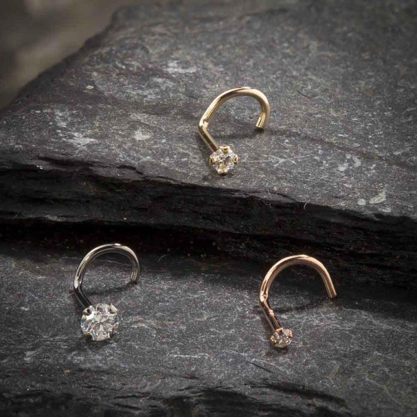 FreshTrends Diamond Nose Stud 14K White Gold Nose Ring