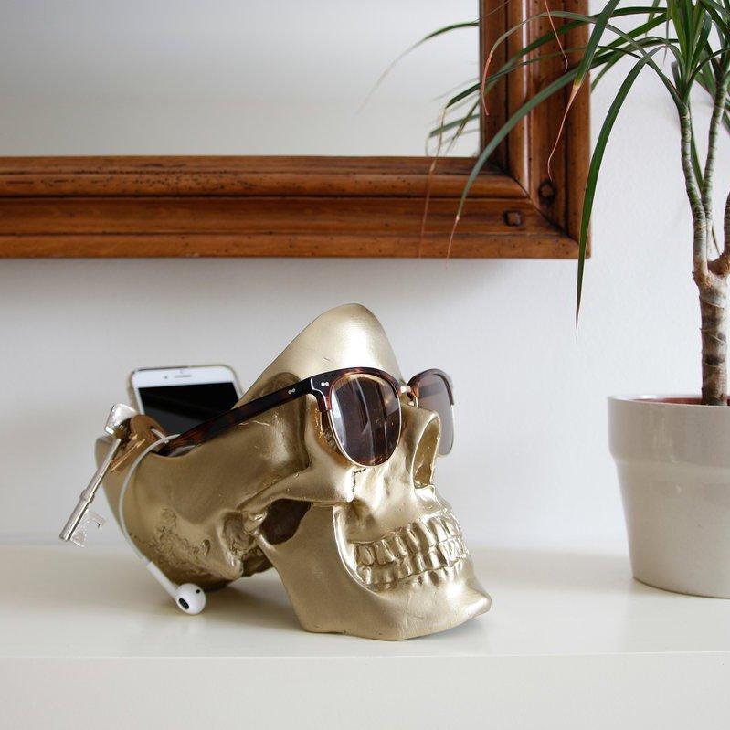 Gold Skull Tidy