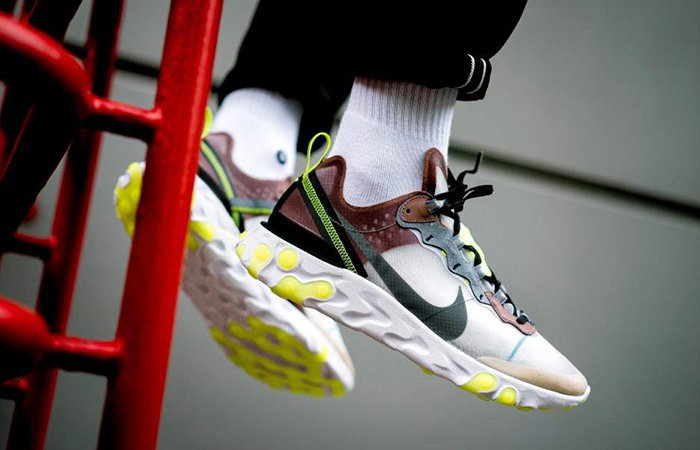 ufficiale online garanzia di alta qualità Nike React Element 87 Desert Sand » Petagadget