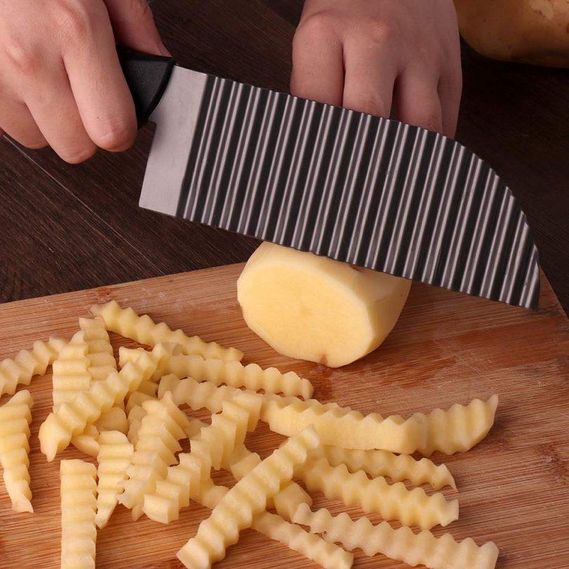 LALI Garnishing Knife Waves French Fry Cutter Crinkle Potato Slicer Titanium Stainless Steel