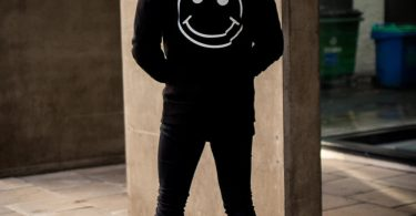 Acid Party Shock – Pullover Hood – Black