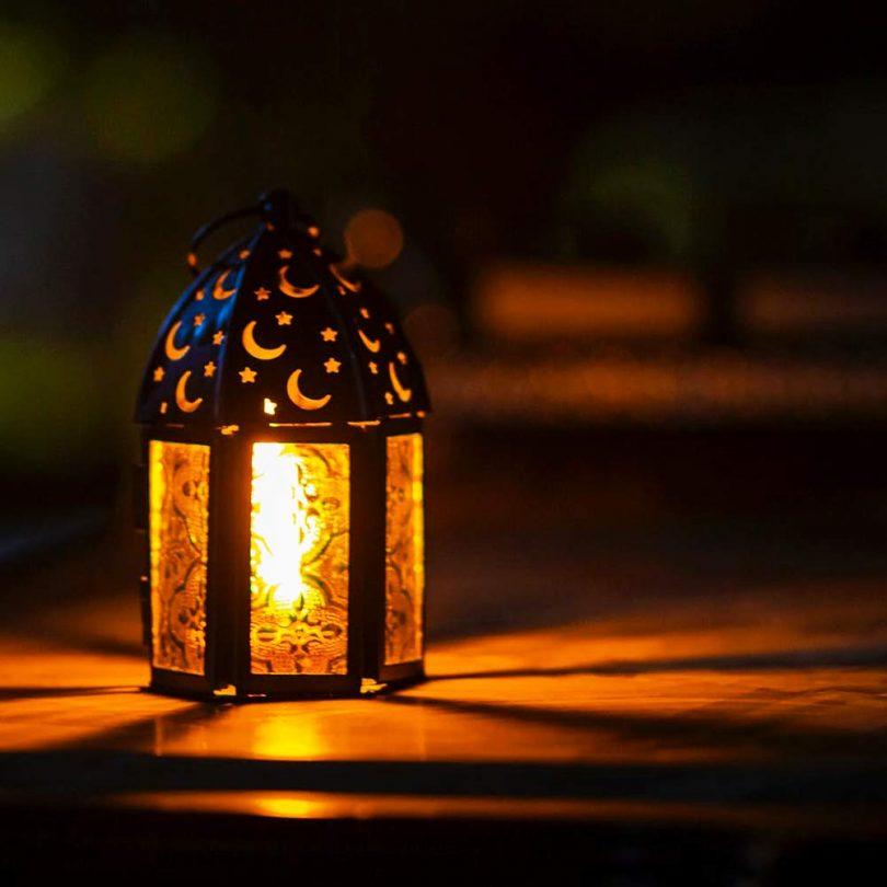 VERTAK LED Flame Light Bulb