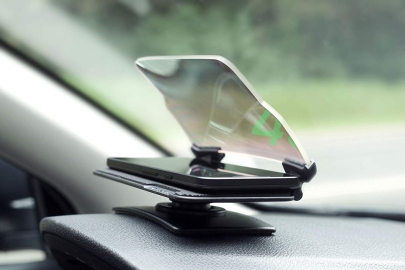 HUDWAY Glass – Universal Head-Up Display