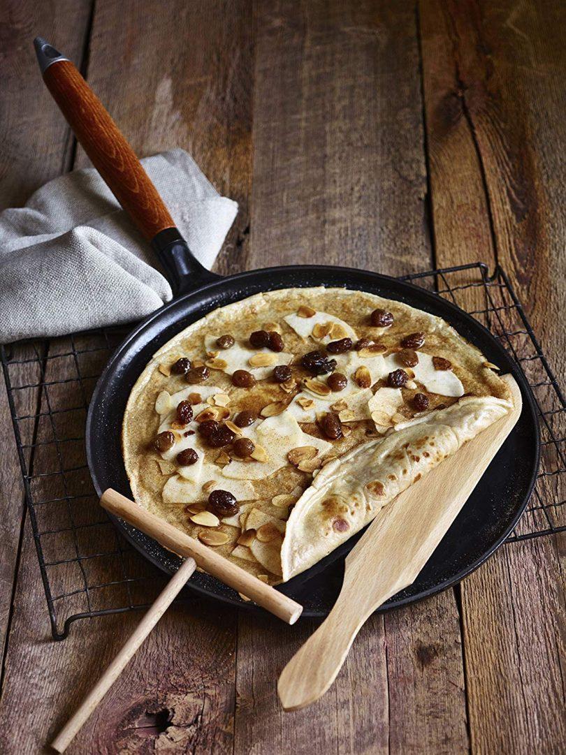 Staub Cast Iron 11″ Crepe Pan with Spreader & Spatula