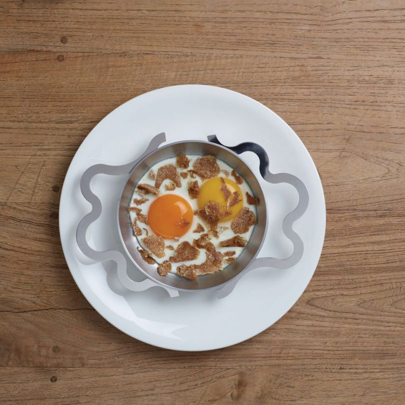 Tegamino Egg Pan by Alessi