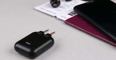 Wireless Flight Adapter – Universal Bluetooth Transmitter