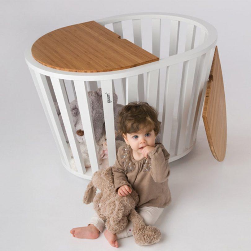 Miniguum Crib/Table/Toy Box by Guum