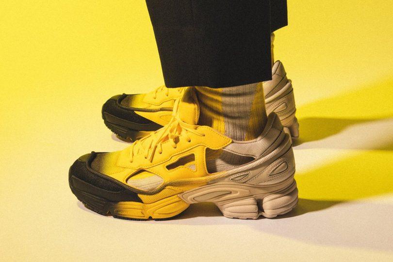 Raf Simons X Adidas – Replicant Ozweego sneakers