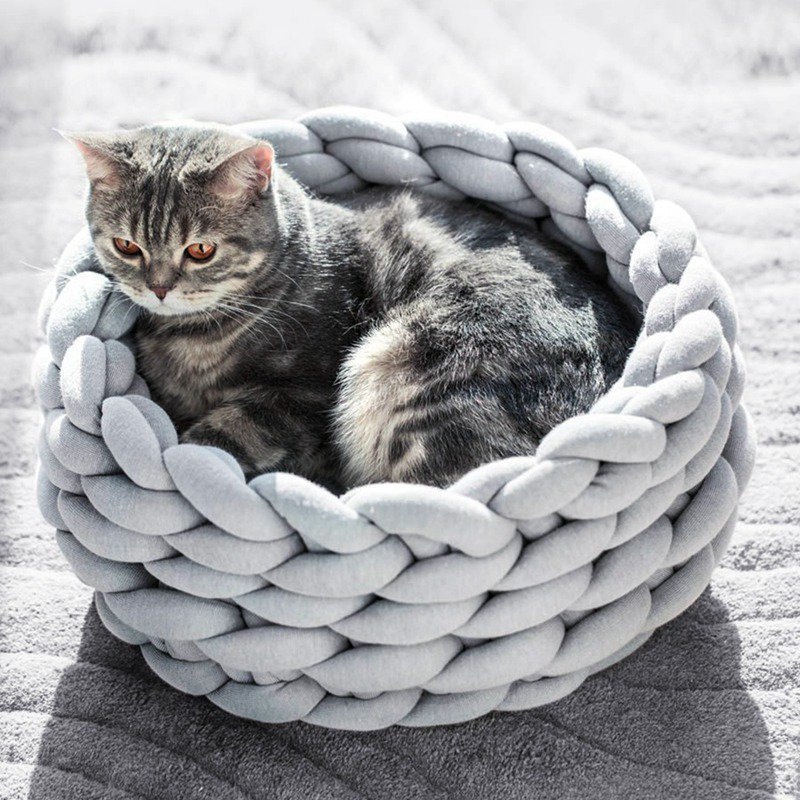 Handmade Knit Cat Bed