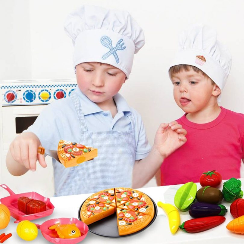 FUNERICA Cutting Toy Food Playset for Kids