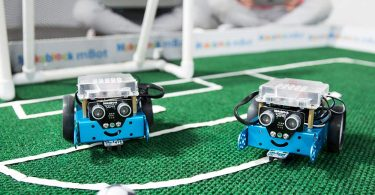 BlackHole Litter Mat Interactive Swimming Robot Fish Toy