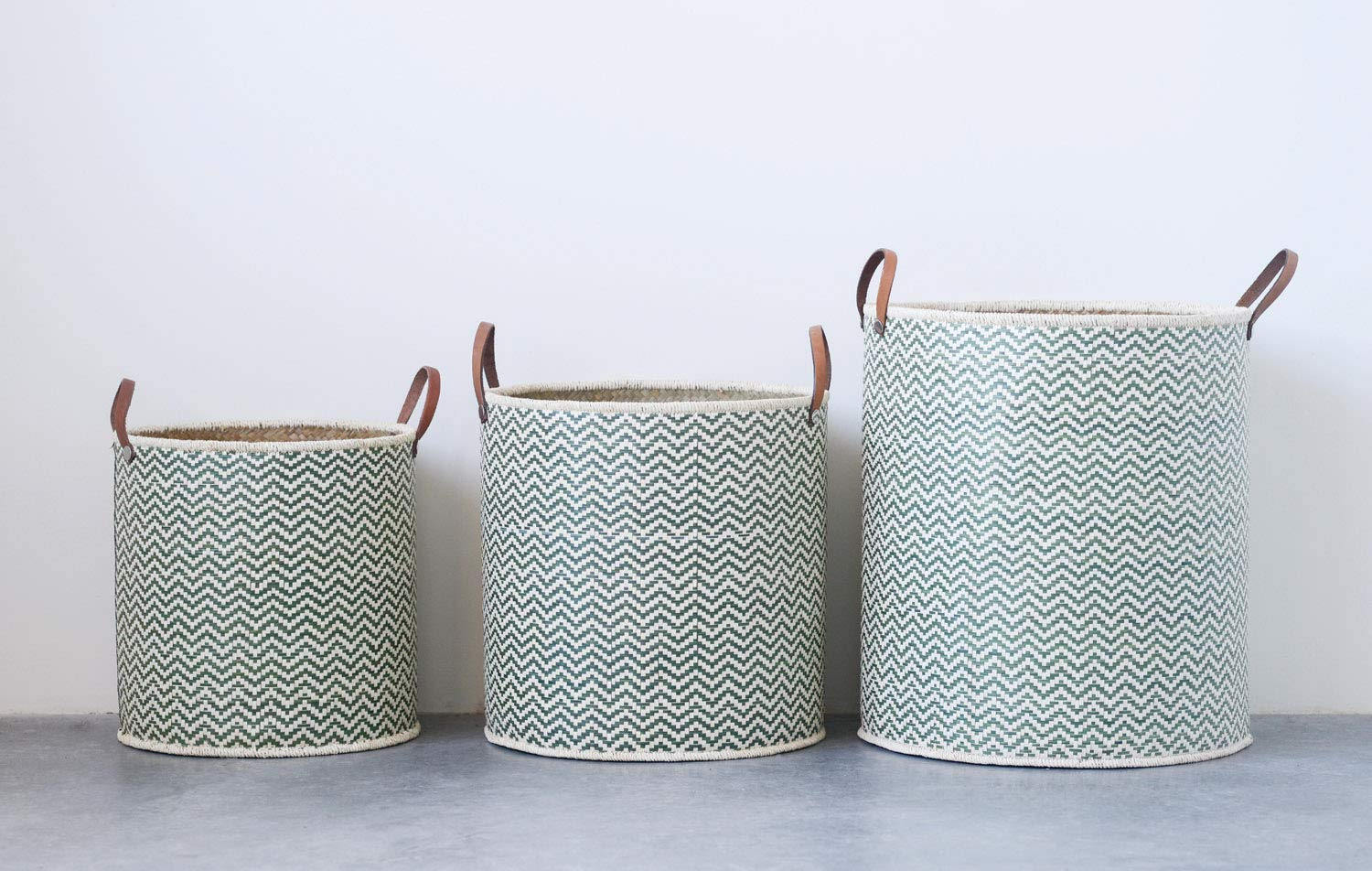 Creative Co-Op Set of 3 Round Seagrass Baskets with Leather Handles