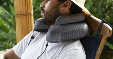 Cabeau Evo Microbead Airplane Travel Neck Pillow