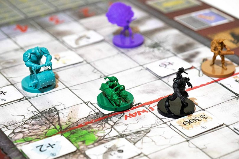 Deluxe Dungeon Derby – Family Friendly Strategy Board Game