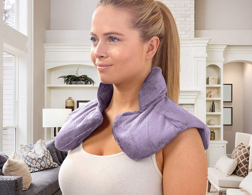 SHARPER IMAGE Hot & Cold Herbal Aromatherapy Neck & Shoulder Plush Wrap Pad for Soothing Muscle Pain