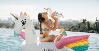 FUNBOY Luxury Inflatable Drinks Holder Float