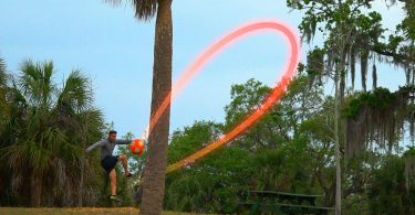 Kickerball – Curve and Swerve Soccer Ball