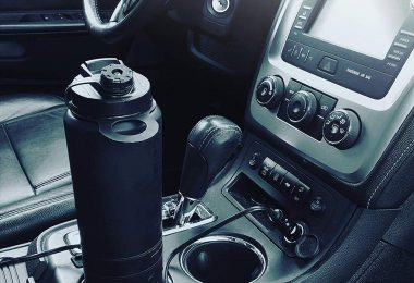 Cauldryn Vehicle DC Adapter Base for use with Cauldryn Smart Mug