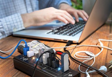 SmartDelux Powered USB Hub – 7-Port USB 3.0 Hub with 4 USB 3.0 Ports