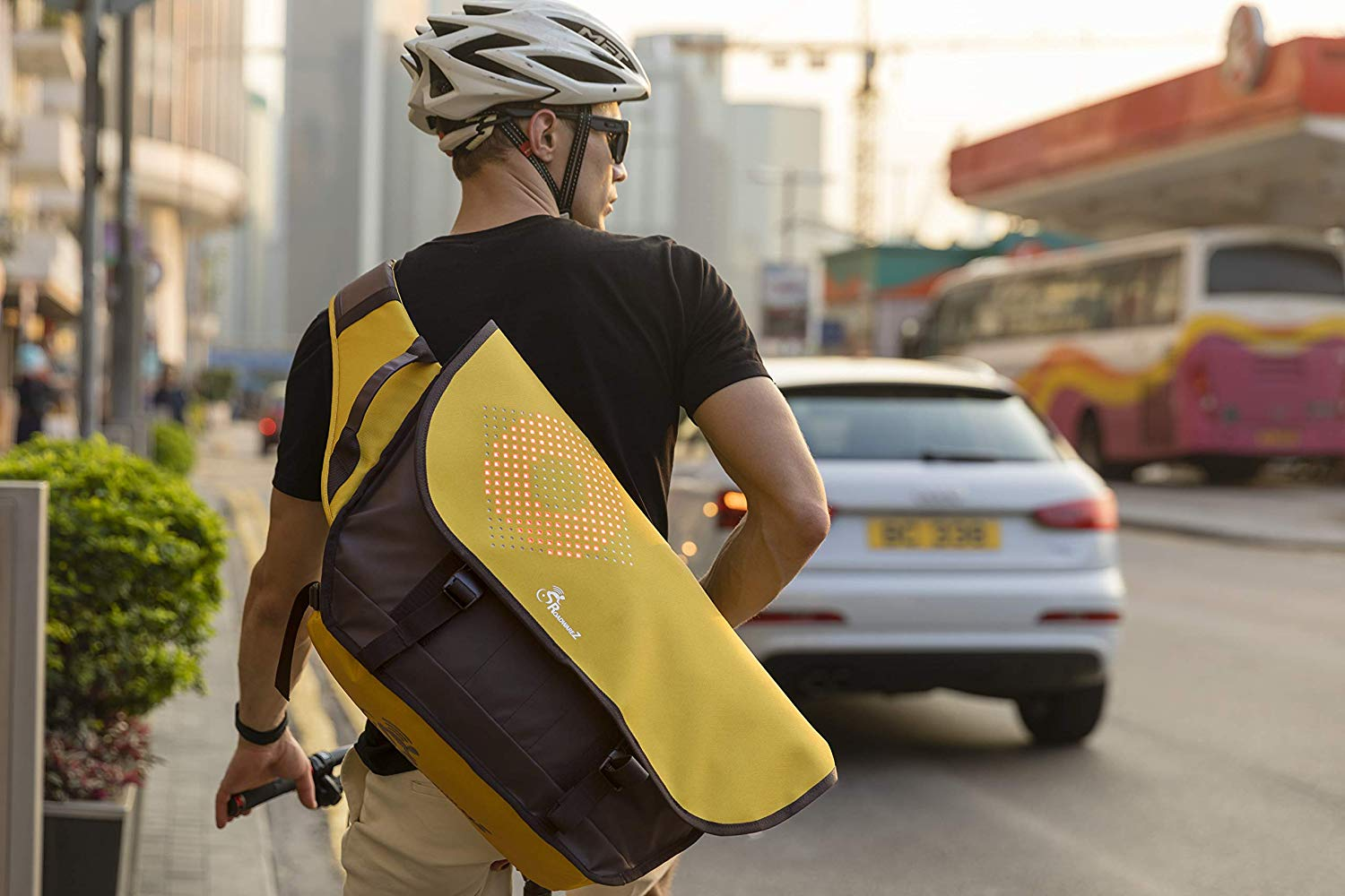 Roadwarez Cruiser -The Only Smart Cycling Backpack Bag