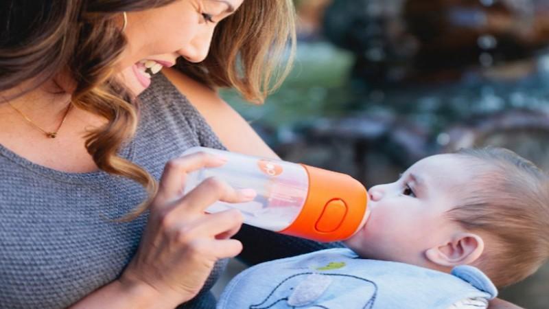 PopYum 9 oz Anti-Colic Formula Making/Mixing/Dispenser Baby Bottles