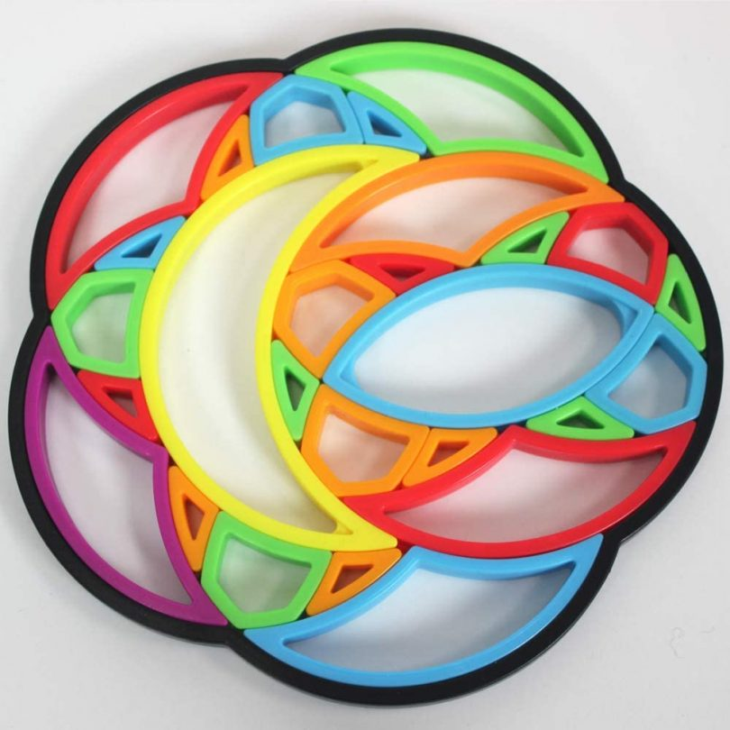 Think Fun Moon Spinner STEM Toy