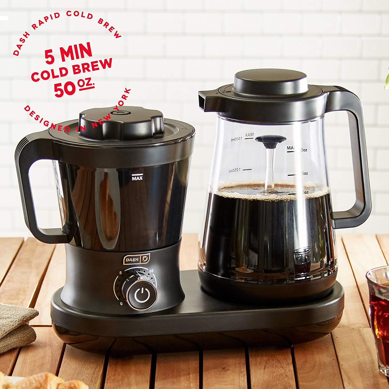 Dash DCBCM550BK Cold Brew Coffee Maker With Easy Pour Spout