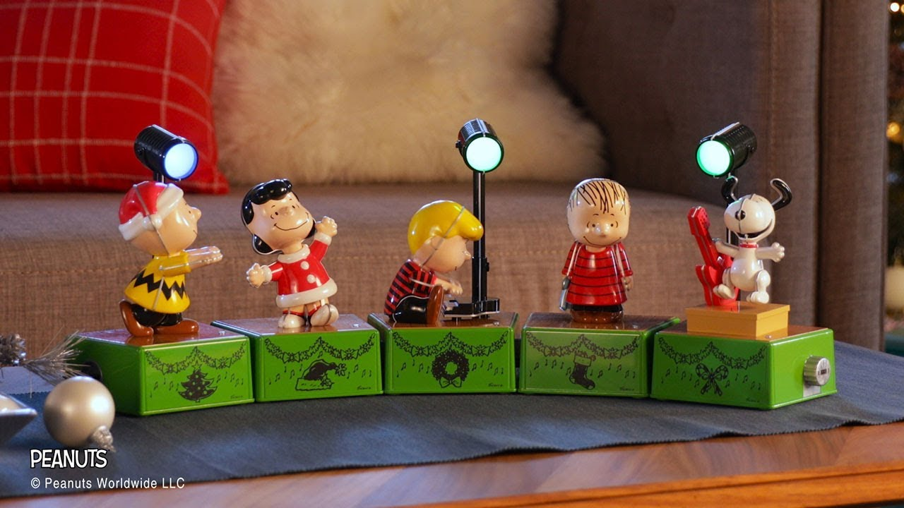 Hallmark Peanuts Christmas Dance Party Full Set of Five with Lights