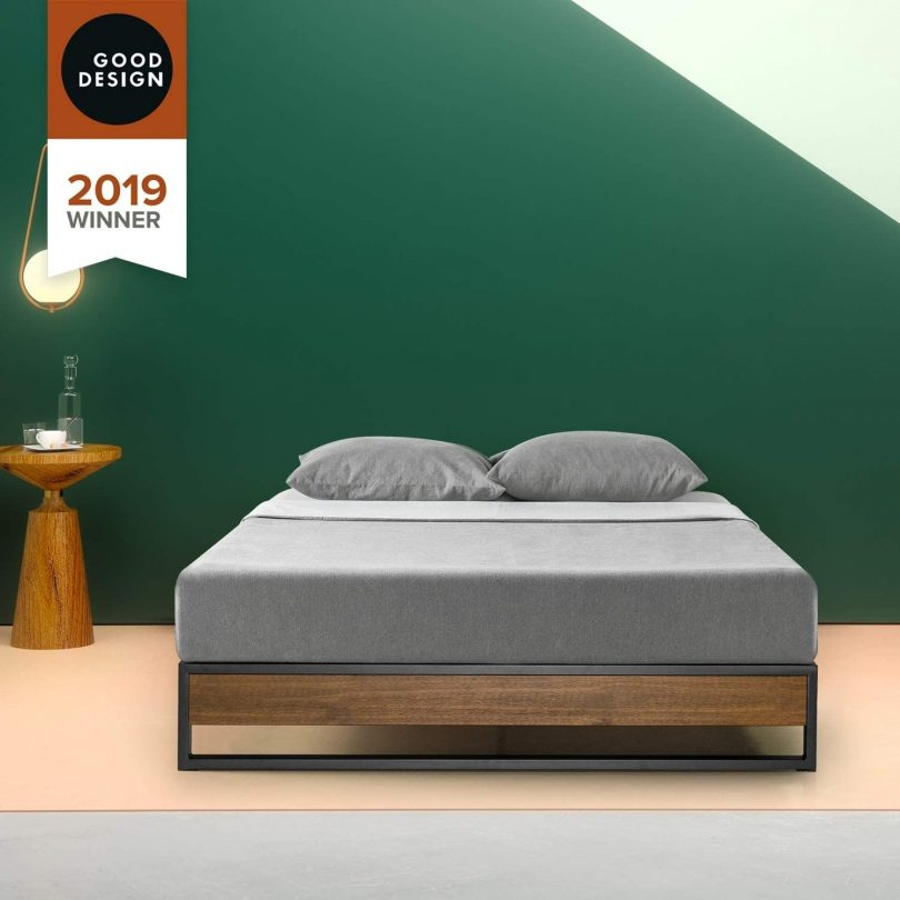 Priage by 10 Inch Brown Wood and Metal Platforma Bed King