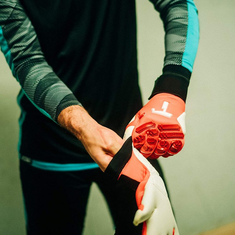 T1TAN Finger Protection Goalie Gloves Adult