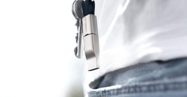 VONMÄHLEN High Five — Universal Cell Phone Charger for Your Keychain