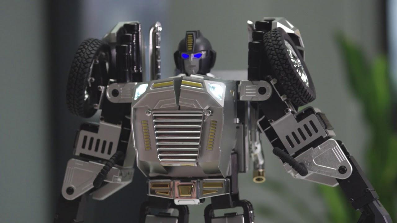 Robosen T9 – Advanced Programmable and Convertible Robot