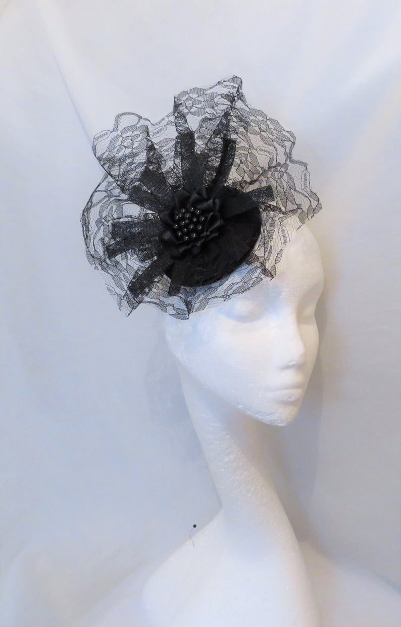 Black Lace Gothic Fascinator  Dramatic Veil and Sinamay Goth