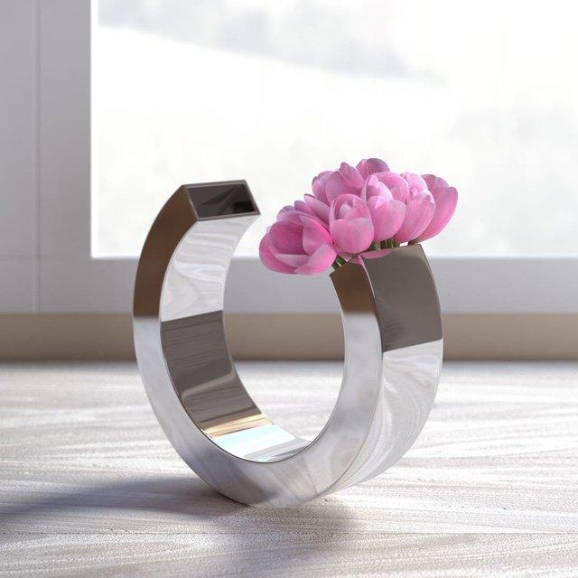 OMEGA Vase by Leon Win