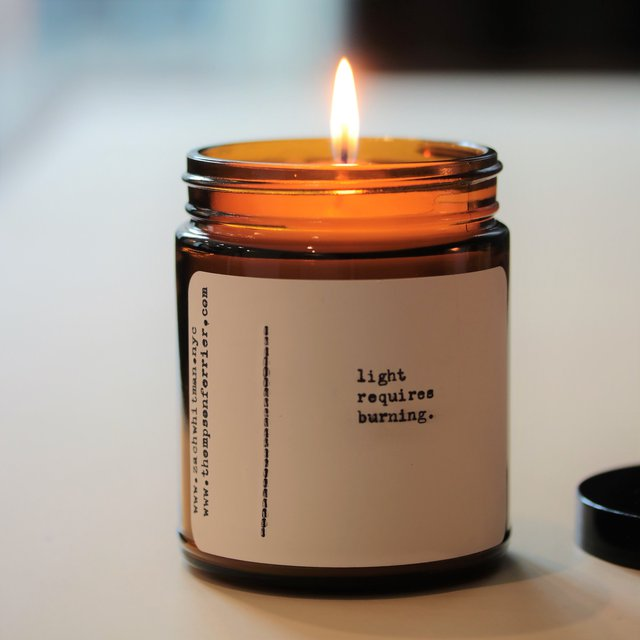 Light Poetry Candle