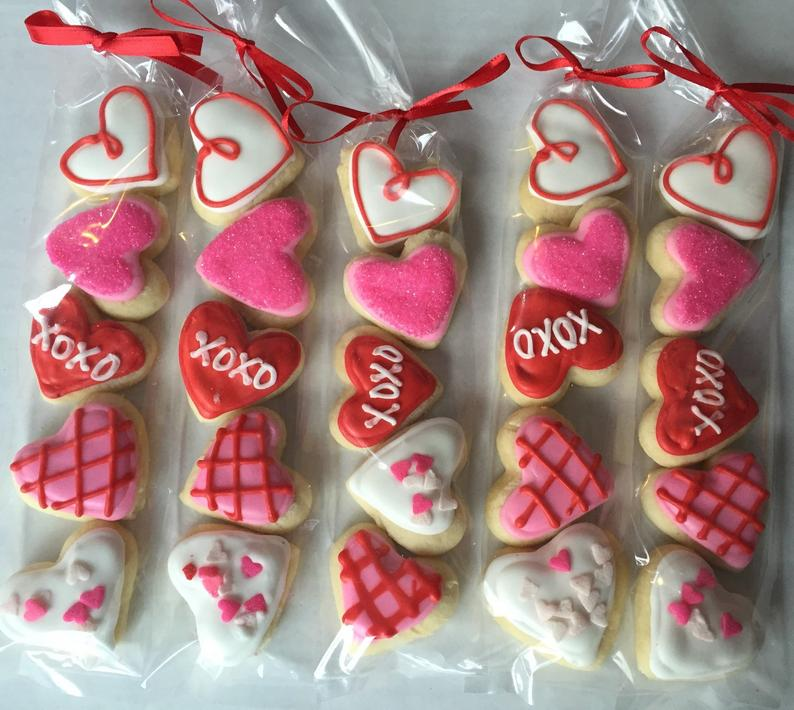 Valentine's Day Sugar Cookie Gift / party favor / heart