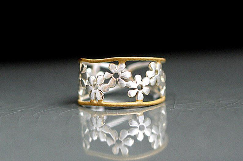 Bicolor Flower Ring. Sterling ring with golden trim. Delicate.