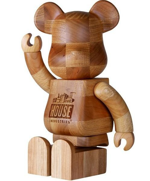 Bearbrick 400% Karimoku Bearbrick – House Industries Chess