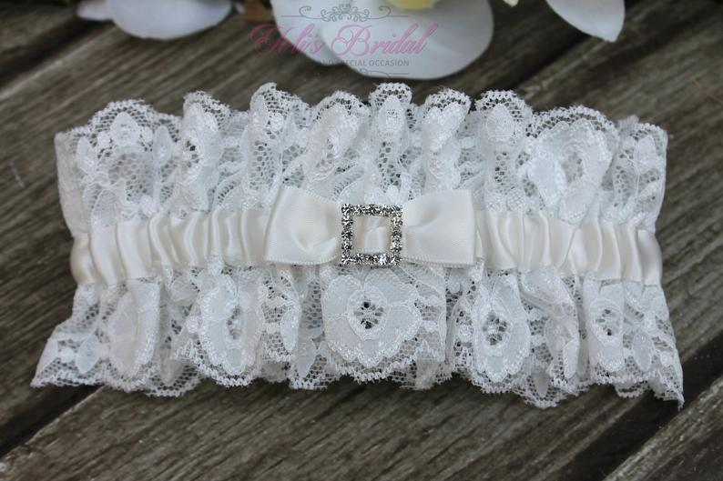 FAST Shipping  Beautiful Ivory Wedding Garter Bridal