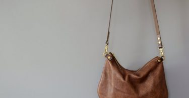 Minimalist leather crossbody bag  ISLA  Walnut Brown