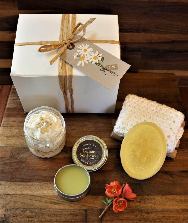 Springtime Milk and Honey Bath Gift Set Hand Soap with
