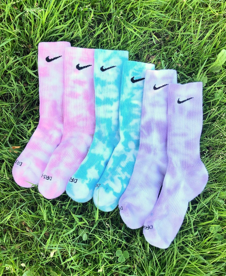 Tie dye Nike crew socks