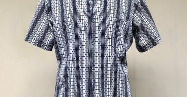 Vintage 1970s Mens Shirt Black and White Geometric Print
