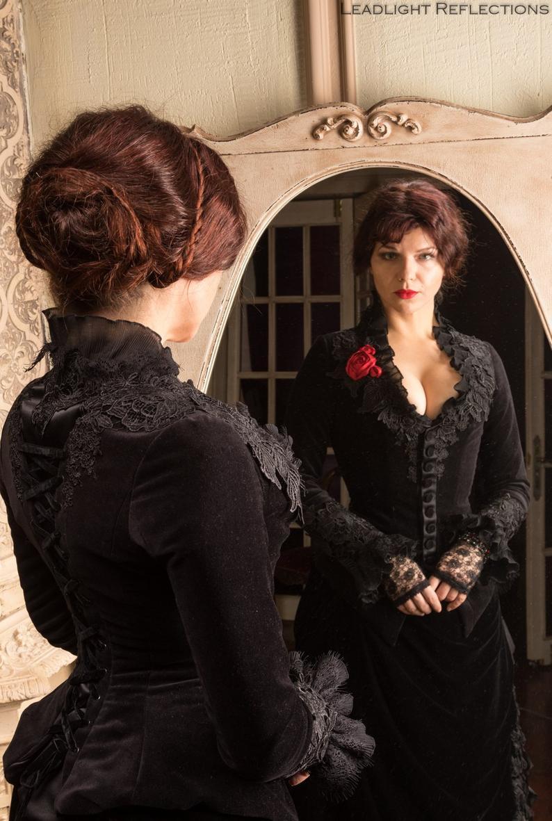 Black Victorian dress Historical costume Velvet victorian