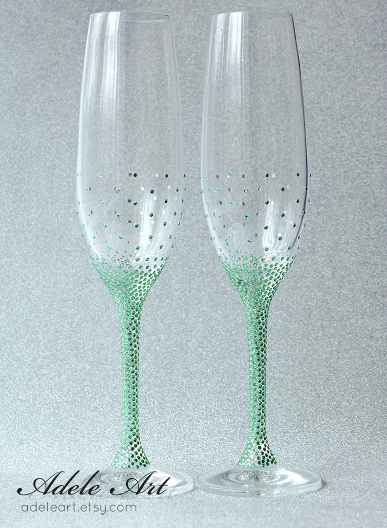 Green rginestones Pesronalized Champagne Wedding Flutes Set
