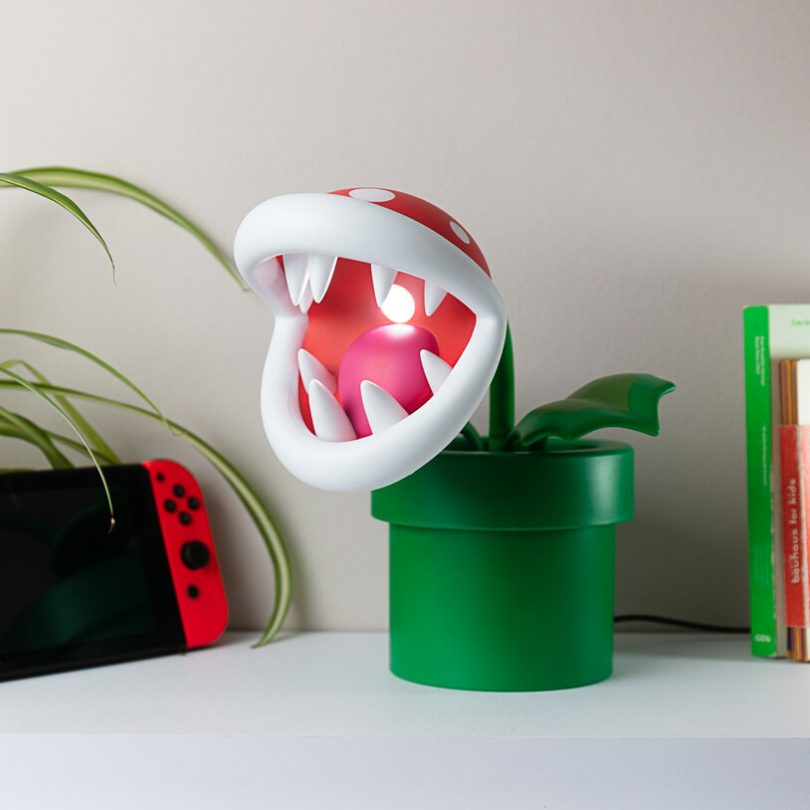 Piranha Plant Posable Lamp
