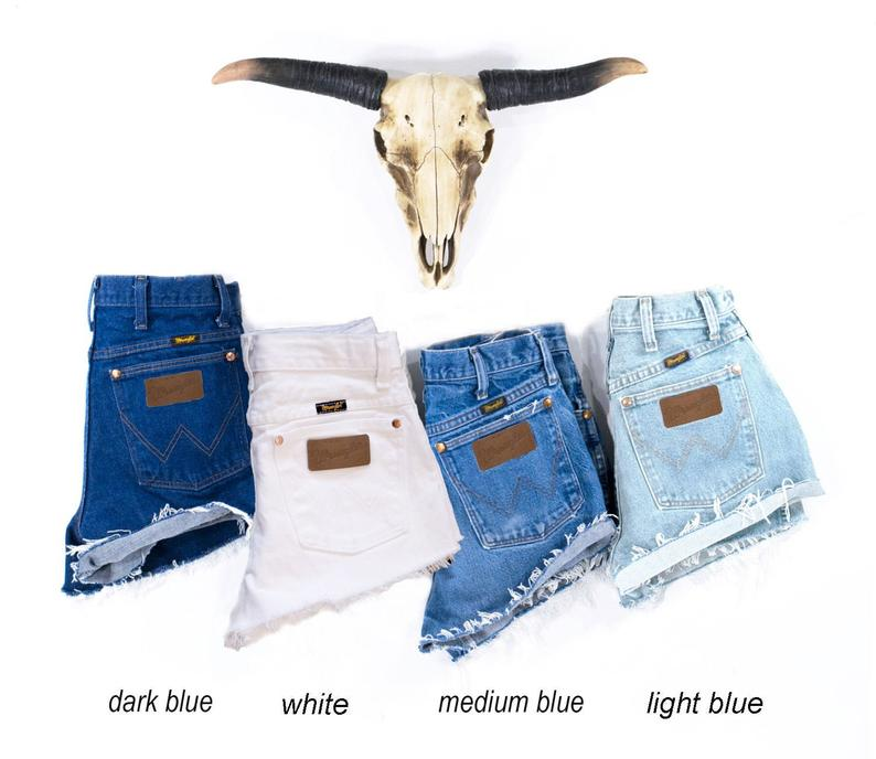 Vintage WRANGLER Shorts Denim Cutoff Shorts Tattered Blue